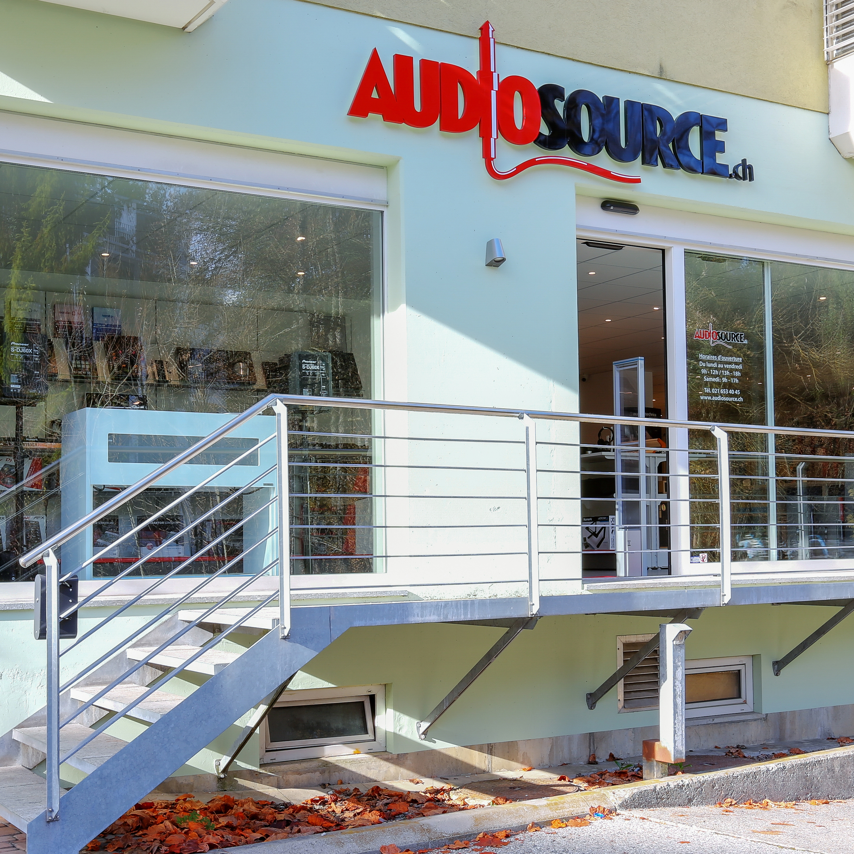 AudioSource_1